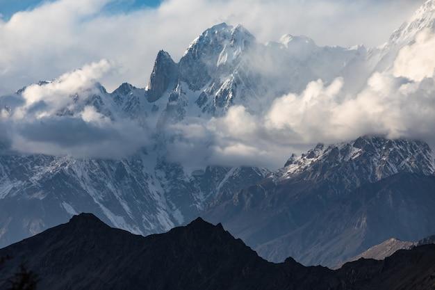 Karakoram gebirgszug ultar peak (frauenfinger)