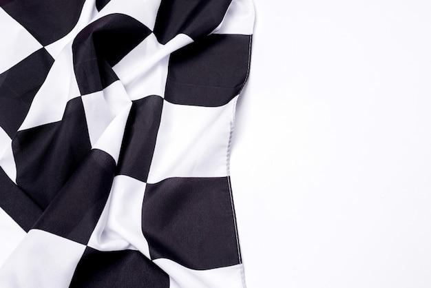 Karierte schwarzweiss-flagge. platz kopieren.