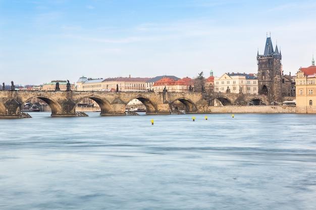 Karlsbrücke in prag, langzeitbelichtung