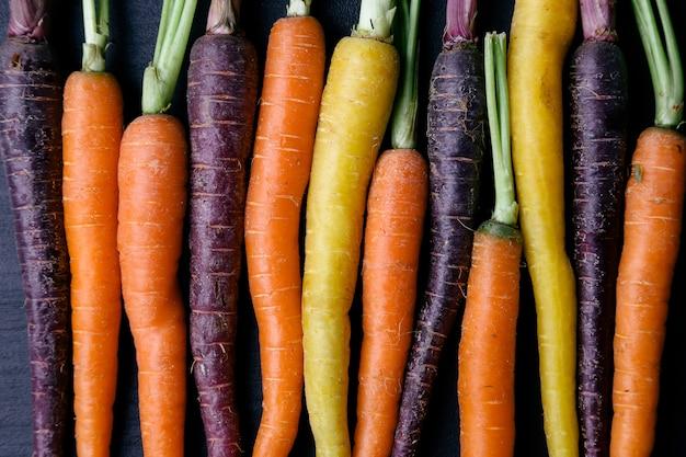 Karotte auf dem tisch