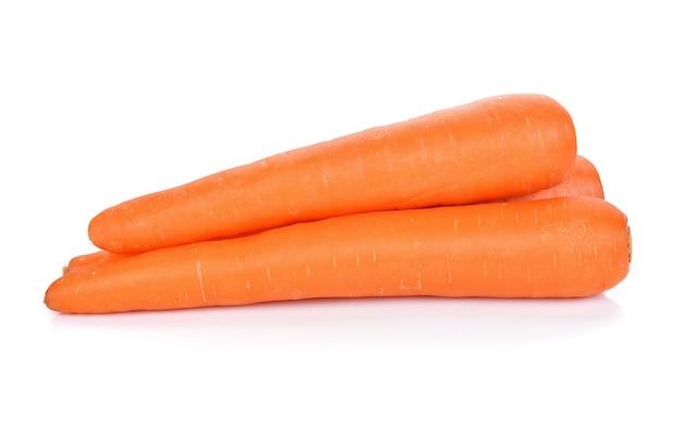 Karotten isoliert auf weißem raum