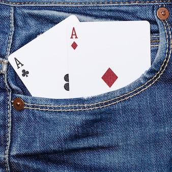 Kartenstapel in der tasche