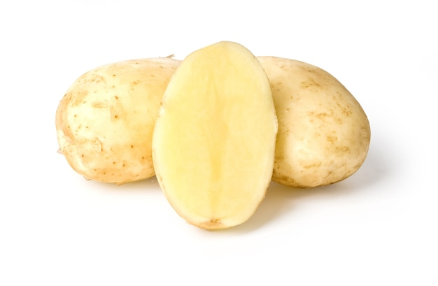 Kartoffel isoliert auf weiß mit beschneidungspfad