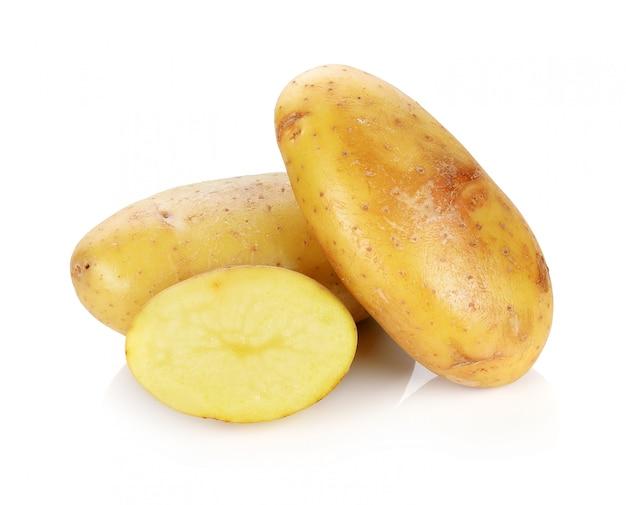 Kartoffel isoliert auf weißem hintergrund