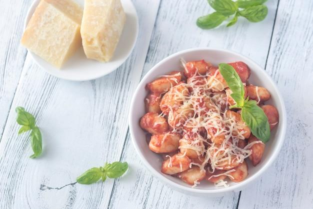 Kartoffelgnocchi mit tomatensauce