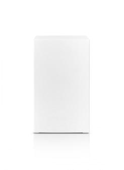 Karton aus weißem papier mit leerer verpackung für das produktdesign