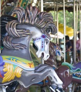 Karussell-pferd, messegelände