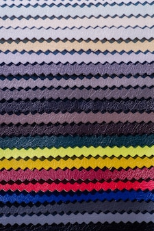 Katalog aus mehrfarbigem kunstleder