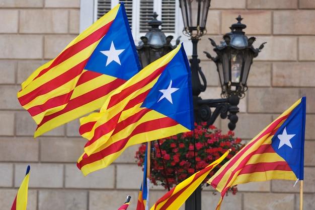 Katalonien flaggen