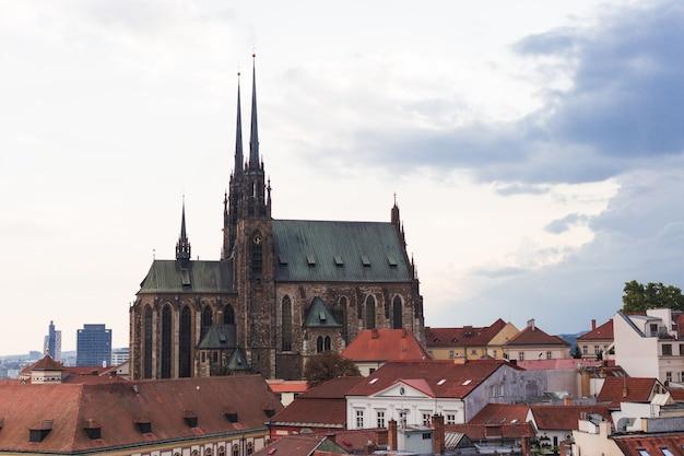 Kathedrale der heiligen peter und paul in brno in der tschechischen republik, mähren