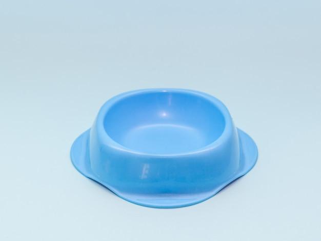 Katze, hund nagetier füttern blaue schüssel