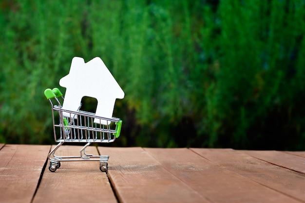 Kauf oder verkauf des hauses, der wohnung