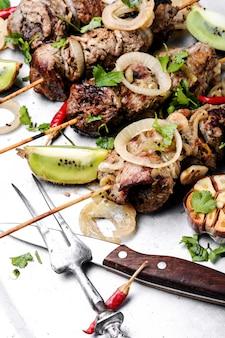 Kebabs - gegrilltes fleisch