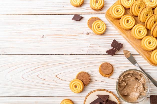 Kekse mit schokoladencreme