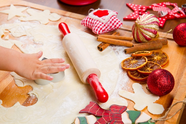 Keksteig hausgemacht zu weihnachten