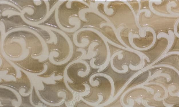 Keramikfliese mit abstraktem ornamentalem blumenmuster