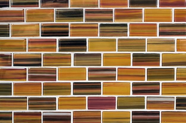 Keramischer hintergrund. mosaik gekachelter hintergrund