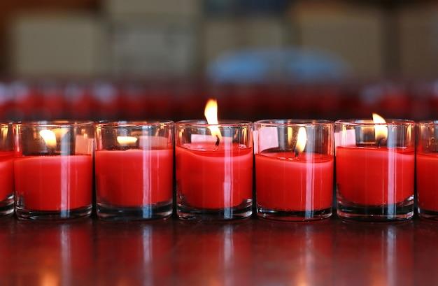 Kerzen anbeten
