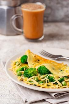 Keto low carb omelet und kugelsicherer kaffee