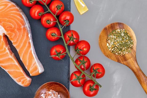 Ketogene kohlenhydratarme inhaltsstoffe für eine gesunde diät zur gewichtsreduktion