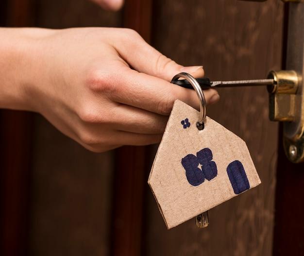 Key door real estate mieten home hausmakler kaufen.