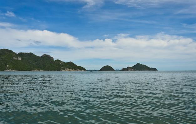 Khao sam roi yot national park ist der erste küsten-nationalpark in thailand