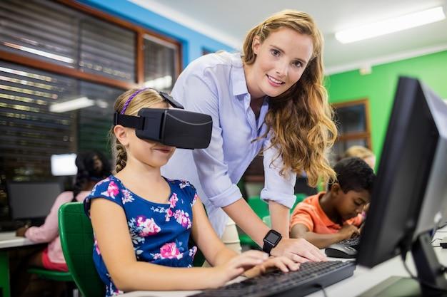 Kind mit 3d-brille