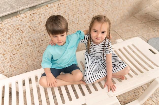 Kinder auf bettsonne