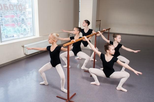 Kinder, choreografie, ballett, tanzen, mädchen, stretching, gymnastik