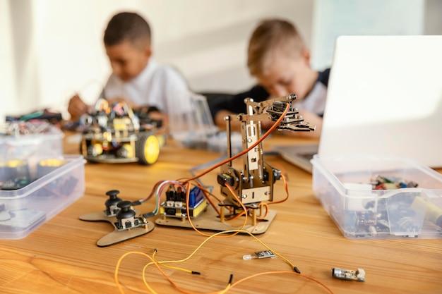 Kinder machen roboter