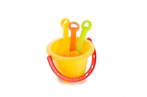 Kindersandspielwaren lokalisiert auf weiß
