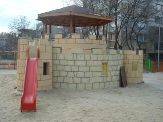 Kinderspielplatz burg