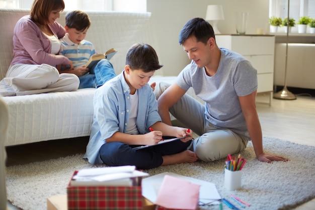 Kindzeichnung mit seiner familie