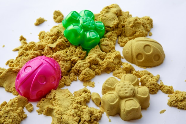 Kinetische sandfiguren buntes spielzeug frühe bildung vorbereitung auf die schulentwicklung kinderspiel