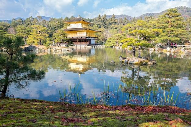 Kinkakuji-tempel in kyoto japan
