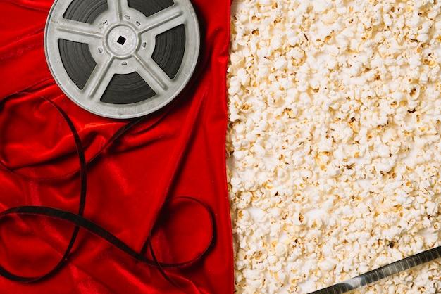 Kinospule und popcorn