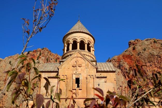 Kirche der heiligen mutter gottes im noravank-kloster in der provinz vayots dzor, armenien
