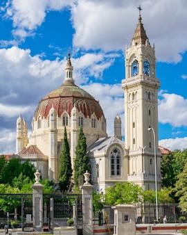 Kirche san manuel und san benito in spanien