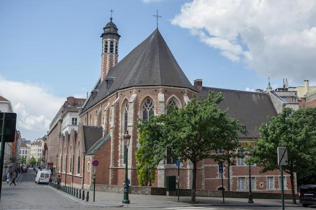 Kirche st. mary magdalene, eine der ältesten kirchen in brüssel, belgien