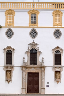 Kirche von carmo hautnah in faro, portugal.