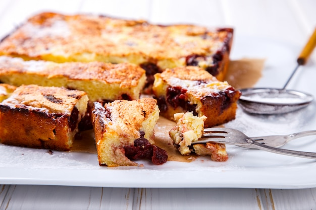 Kirschkuchen kuchen mit hüttenkäse