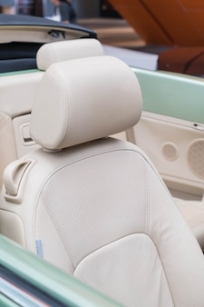 Kissen des modernen autos