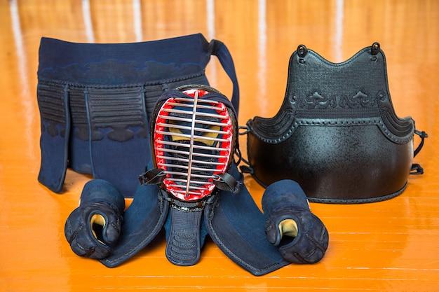 Kit mit kendo-ausrüstung