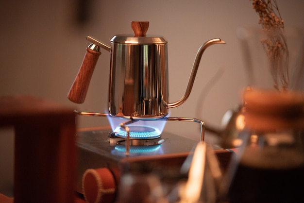 Kits satz kaffeetropffilter im café