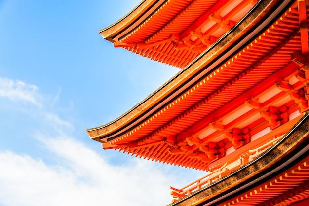 Kiyomizu deratempel in kyoto bei japan