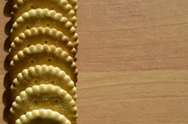 Klassische runde gesalzene cracker