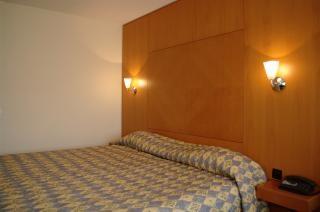 Klassischen hotelzimmer, lässig