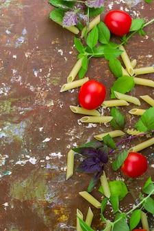 Kleine reife tomaten