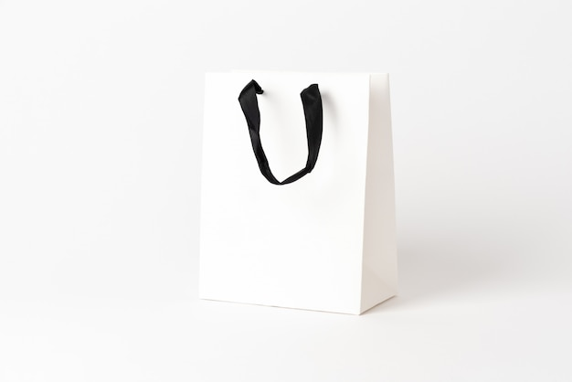 Kleine schöne tasche für ein geschenk