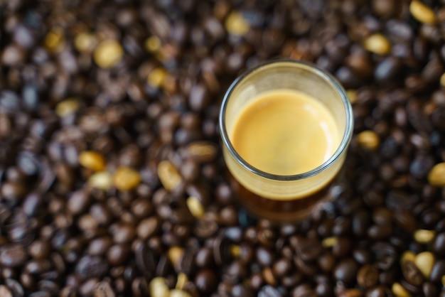 Kleine schussschale espressokaffee